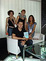 Дмитрий Глуховский рекомендует читать Энгельса