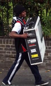 грабежи в лондоне