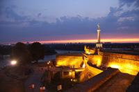 Белградская крепость ночью