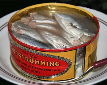 сюрстрёмминг (Surströmming)