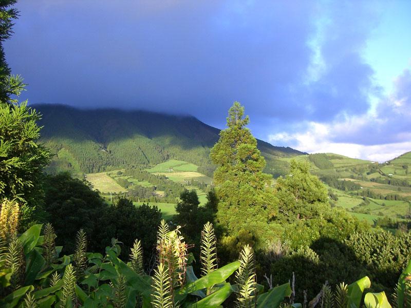 горы на Азорских островах