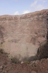 жерло вулкана Везувий