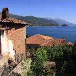 Вид на Охридское озеро из города