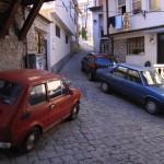 Нелегкое паркование автомашин в Охриде