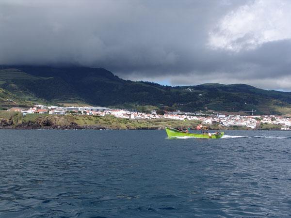 Бросаем последний взгляд на весно меняющееся небо острова Сан Мигел