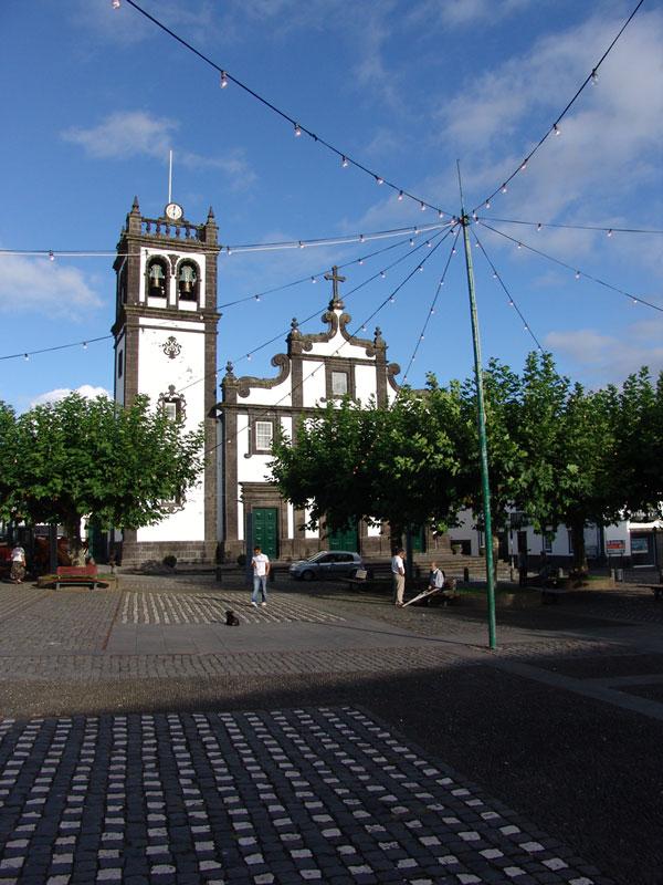 Все города на острове Сан Мигель - это маленькая копия столицы Понто Делгада